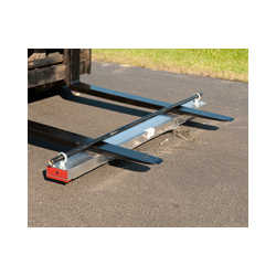 "60"" Auto Release Magnetic Sweeper"